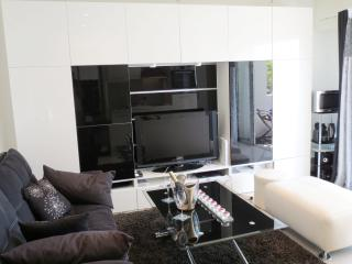 "IDEAL RENTAL "" 100 m to the beaches"", Cannes"
