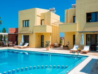 Villa Daphne 3, Pirgos Psilonerou