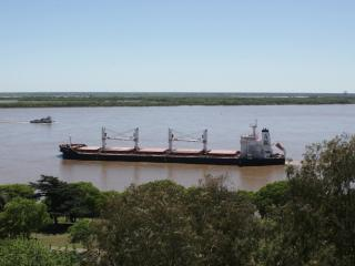 Panoramic view over River Paraná, Rosario