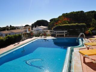 - 10% Maio/Junho - Casa Ponte, moradia familiar central, ideal para familias, Branqueira