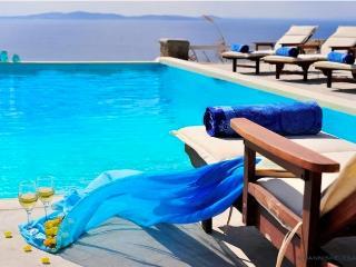 Diodos Luxury Villa