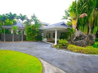 Oceantop Villa- Luxury for 18  Guests!!, Kailua-Kona