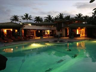 Champion Ridge Villa- 10,000 Sq Feet of Paradise!, Kamuela