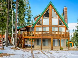 Kool Kabin - Easy access and close to national parks / snowmobiling, Duck Creek Village