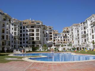 Holiday apartment - sleeps 6 with shared pool