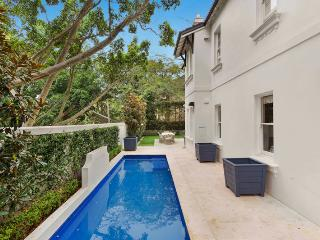 Grandeur and elegance epitomised, Edgecliff