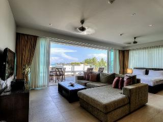 LAWA - Luxury Apartment with partial sea view