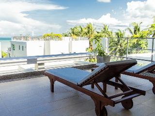 Luxury Two Bedroom Apartment with partial sea view, Rawai