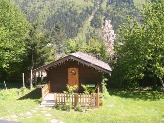 Chalet Alpine Rose cosy chalet for two in gardens, Chamonix
