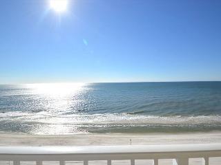 East Corner Condo Nice Views ~ Bender Vacation Rentals, Gulf Shores
