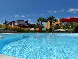 03 Romeo shared pool area