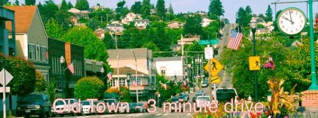 Old Town Tacoma , 3 min drive, 16 min walk