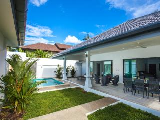 Brand new & Privacy 2BR Pool villa, Rawai
