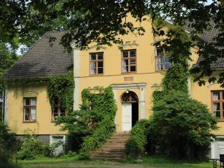 Öland's most romantic farm offers family holidays, Borgholm