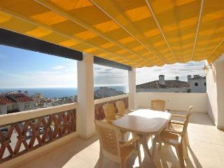 Very Spacious 3 Bed Apartment.  2 balconies  Pool Wifi  A/C Panoramic Sea Views
