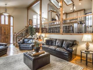First Tracks, Salt Lake Ski Vacation Home Near Alta and Snowbird, Cottonwood Heights