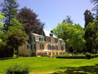 Chateau le Charme