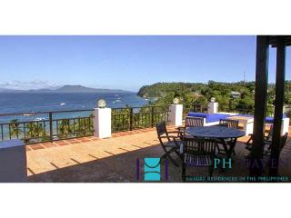 4 bedroom villa in Puerto Galera PGL0005