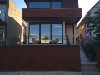 Modern New Build w Rooftop Hot Tub 1mi to Downtown, Denver