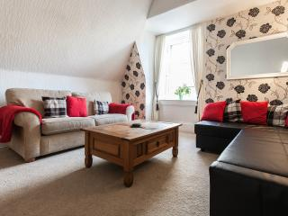 Edinburgh City Centre Apartment on the Bridge