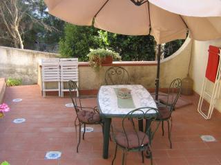 Appartamento in villa Costanza wi- fi - a 30 m dal mare