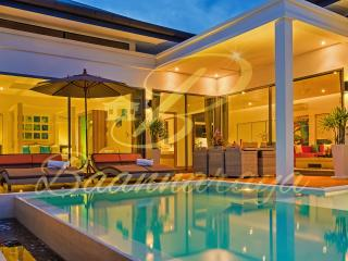 Baannaraya Villas Near 7 Beaches  F2, Nai Harn