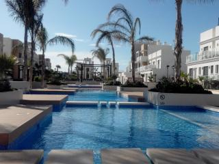 La Zenia Beach Beautiful Pool View Apartment