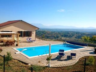 Modern villa with panoramic views & swimming pool, Atri