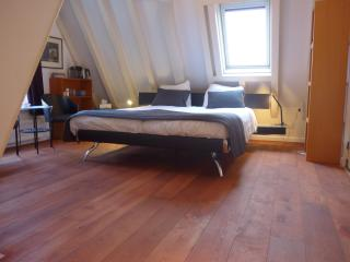 Citycenter, Canal House, 5 Star private guestroom+ensuite, Ámsterdam