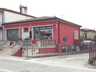 MANUGOLDHOUSE, Solesino