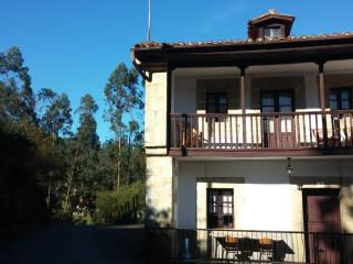 Casa El Piñueco, Santander