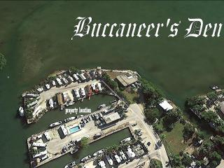 BUCCANEER'S DEN - 20Ft. of Waterfront w/ Dock