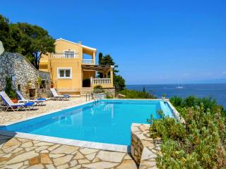 Villa Kalypso - Seafront Villa with Private Pool, Gaios