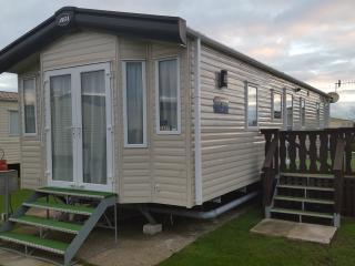 6 Berth 3 bed Caravan at West Sands Bunn Leisure