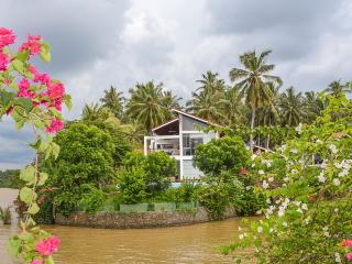 Deluxe Villa with Infinity-Edge Plunge Pool, Negombo