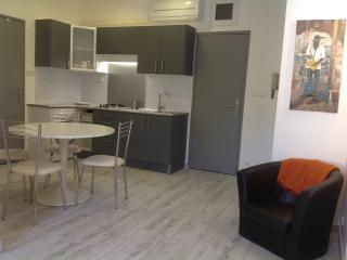 Appartement neuf centre ville, Aviñón