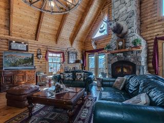 Beautiful 3br/2.5ba Evergreen Chateau, Breckenridge