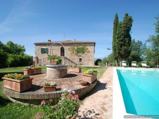 Villa Panorama Tuscan house rental in Asciano near Siena - Holiday villa Asciano