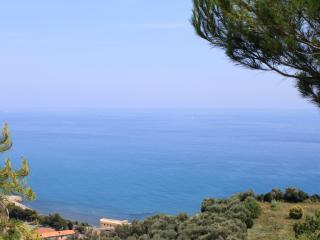 Flat in countryside with sea view, San Lorenzo al Mare
