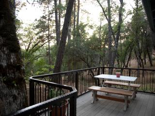 Oak Nest Cottage~ Cozy, Cute, Quiet, Sonora