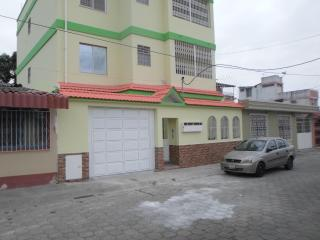 PINGUI'S HOUSE, Guayaquil