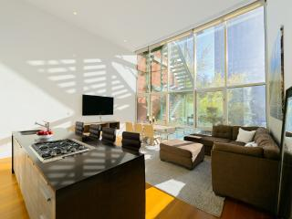 Wow Luxury Condo 3BR/2.5BA Duplex Sleep 10