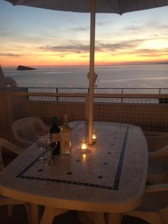 Sip wine on the balcony as you listen to the waves lapping the shore. Pure chill.
