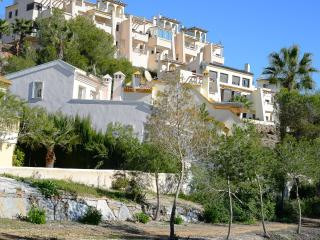 Luxury 3 Bed apt Las Ramblas Full SKY TV, wi-fi, Villamartin