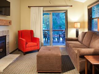 1 bedroom suite-Christmas Mountain Village Resort, Wisconsin Dells