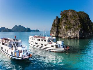 Bhaya Cruises Deluxe cabin