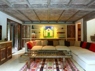Rustic & Spacious 5 Bedroom Home in Quadrado, Trancoso