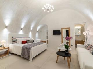 Day Dream , Senior Suite, Fira