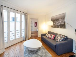 Quiet & spacious 1BR/1 BTH near the Louvre Museum
