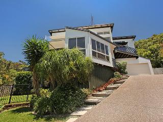 10 Barra Crescent, Coolum Beach, $500 BOND